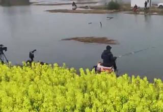 【游钓中国】第二季第50集 手竿挂底难有建树 串钩上阵撬开鱼口