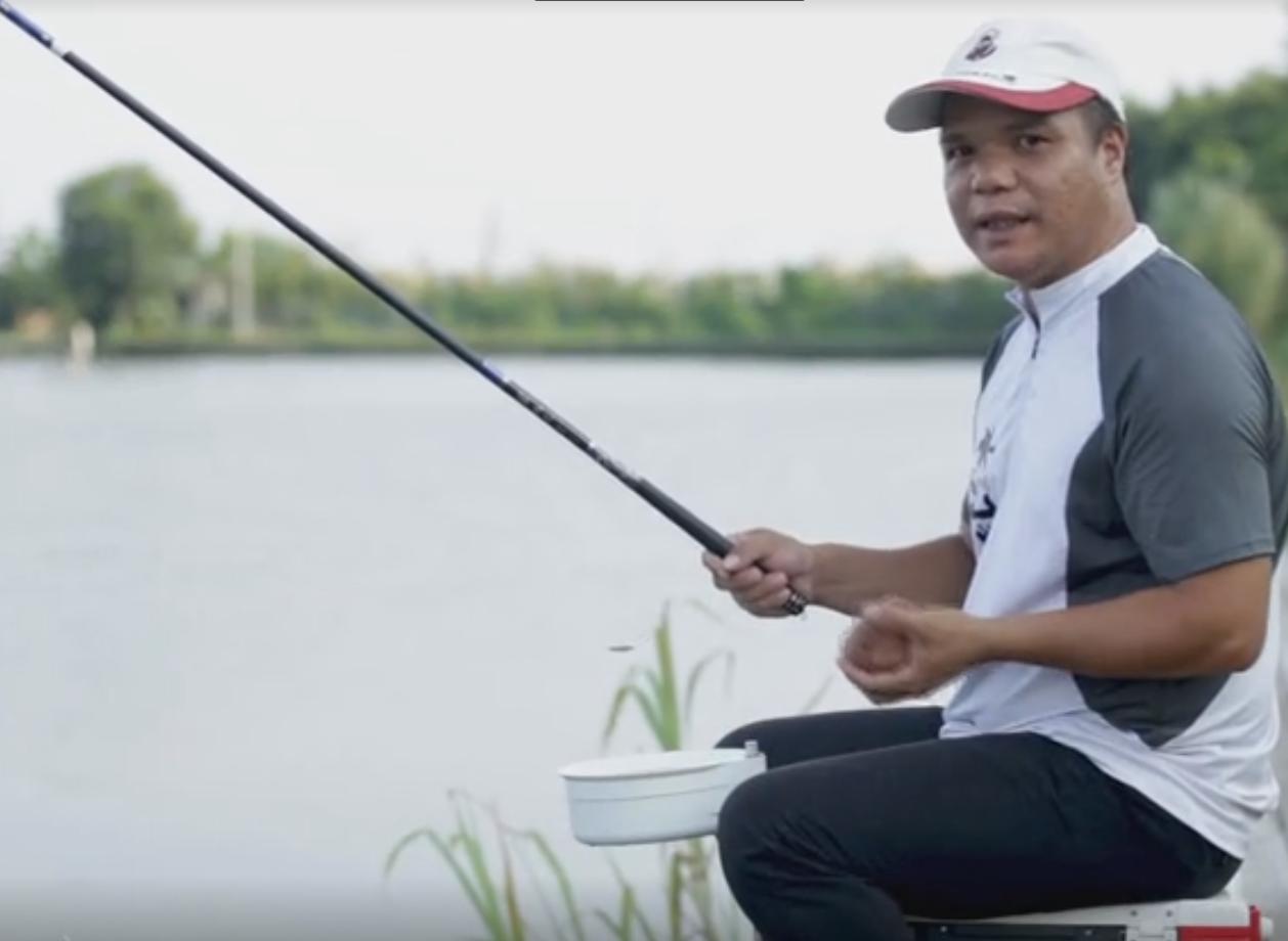 《学钓鱼系列》新手十分钟学会抛竿-(4)持竿拉饵